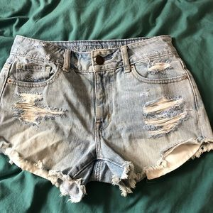 American Eagle high waisted Jean booty shorts